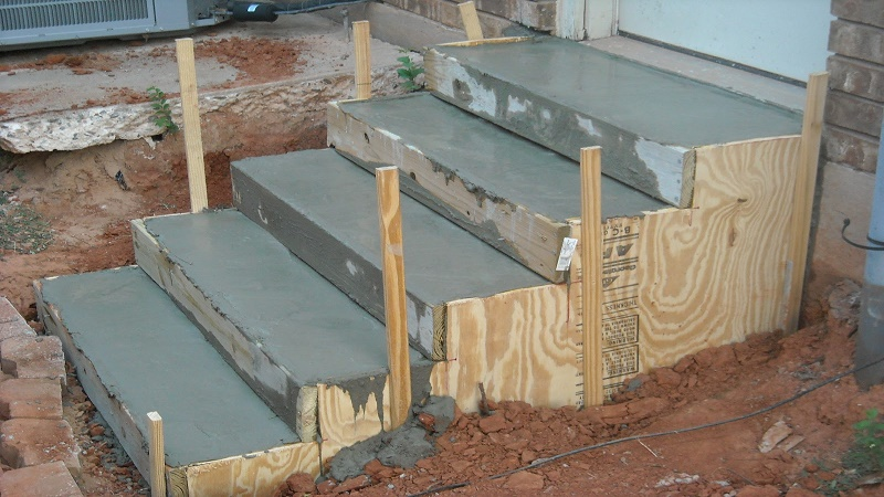 Fill Stairs Perfectly With Concrete