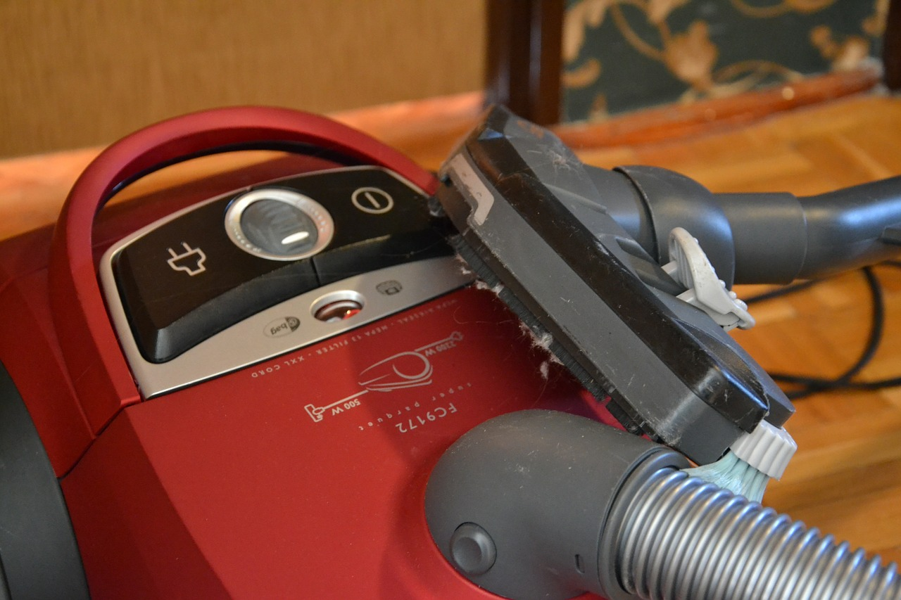 How does vacuum cleaner works